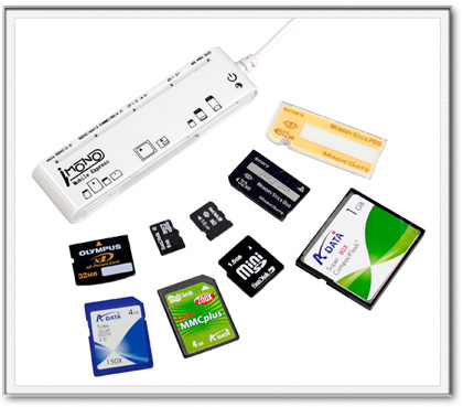 iMono, lector de tarjetas 80 en 1 por 12€