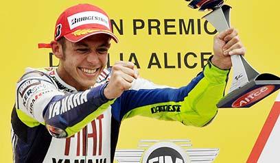 Rossi más l�der y ca�da de los españoles en Mugello